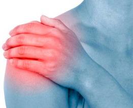 Il dottor Giuseppe Checcucci è specializzato nel trattamento della calcificazione della spalla, si attraverso un trattamento terapeutico volto alla risoluzione del problema, sia - laddove si renda necessario - attraverso un intervento chururgico.